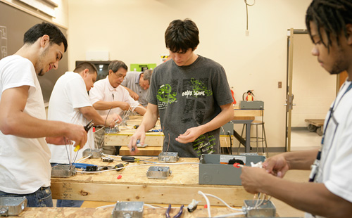 Students in an electrical wiring class
